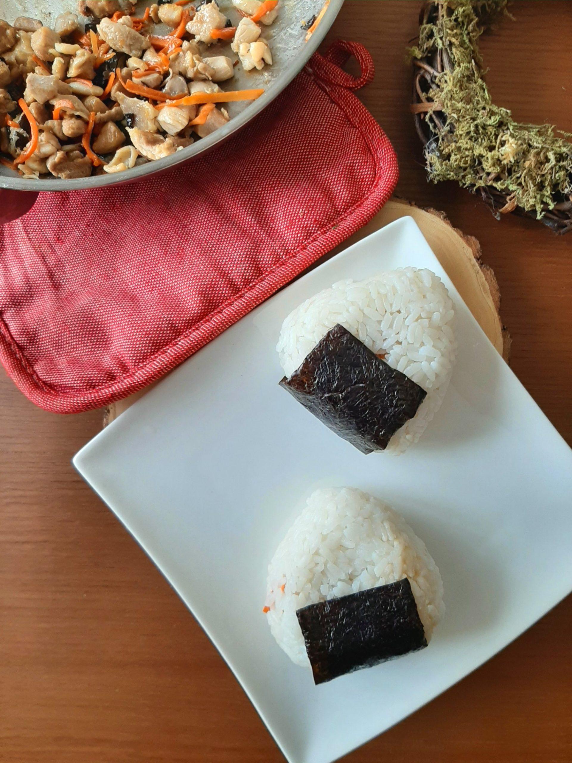 Simple Chicken Stir-fry Onigiri