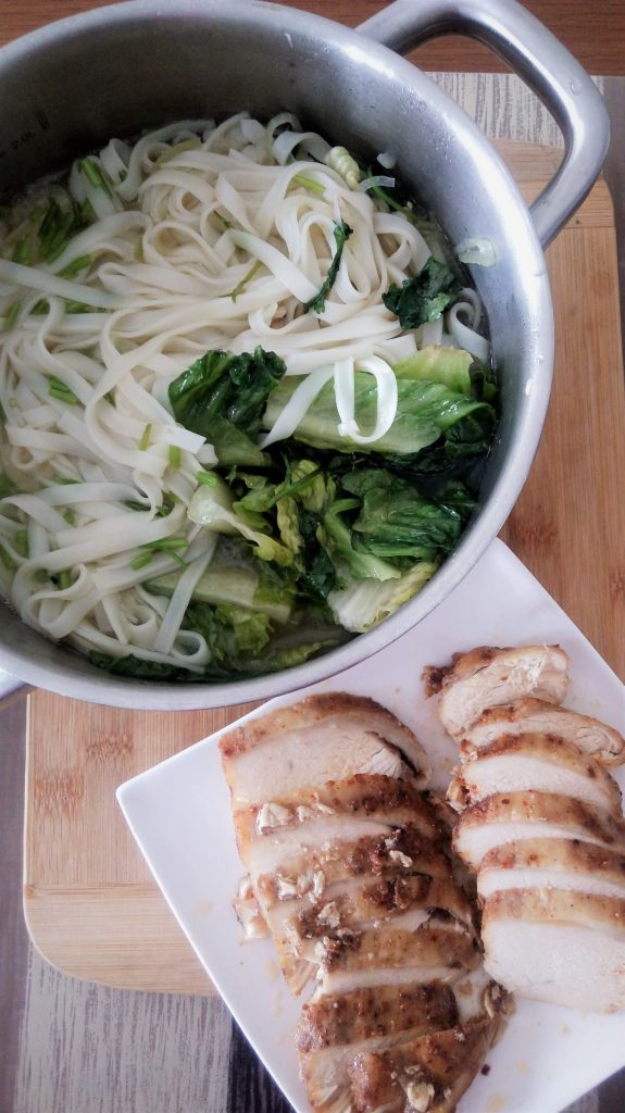 Five spiced chicken breast on rice noodles